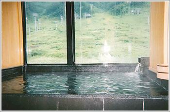 越後湯沢のペンションみどりや 浴室